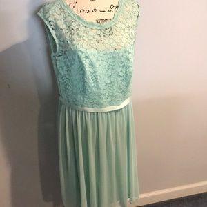 David's Bridal mint lace bridesmaid dress size 14